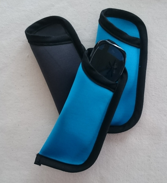Neoprene sunglasses pouch
